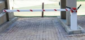 manual boom gates