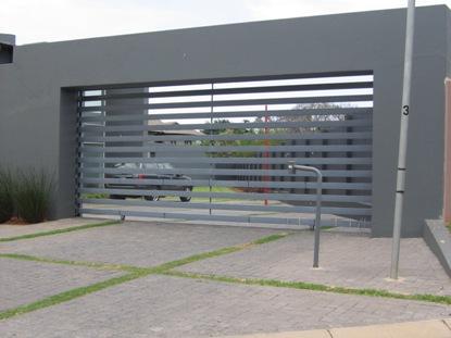 Backup Camera Installation Service >> Driveway-Gates-026   AVS Security